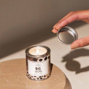 Big Hug - Small Candle