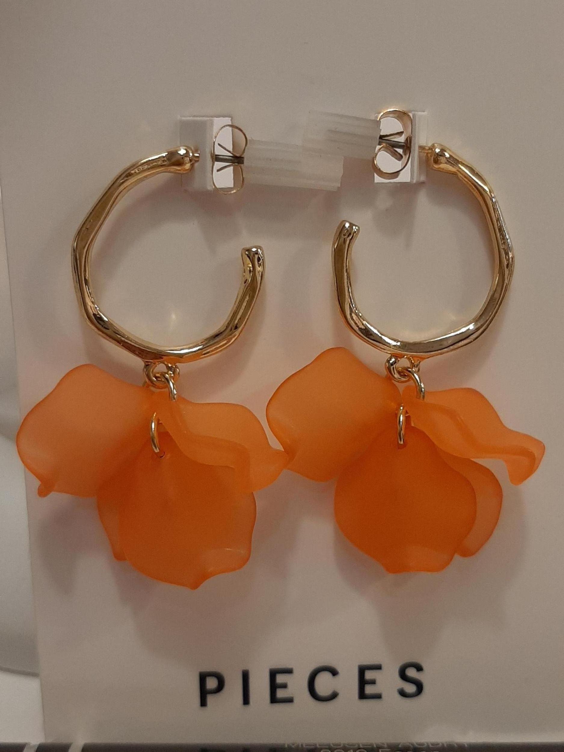 pcllettie creol earrings coral