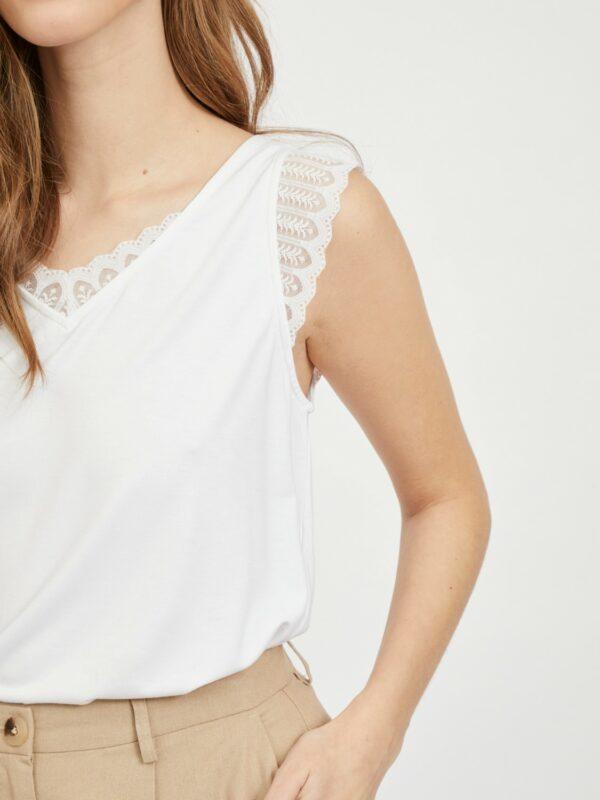 Visonilla lace top wit