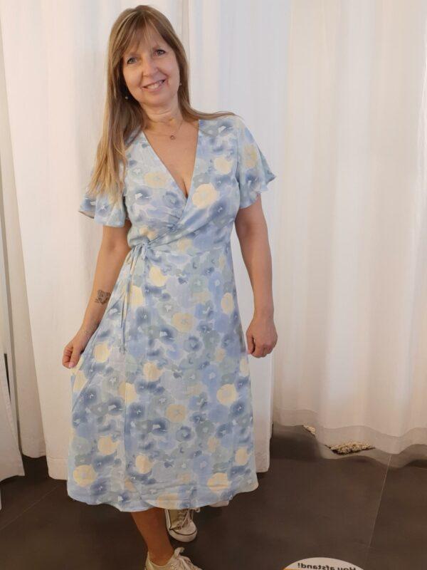 ViLovie Wrap midi dress Aquarel