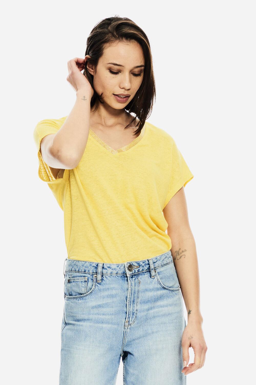 Geel T-shirt mt Glitters