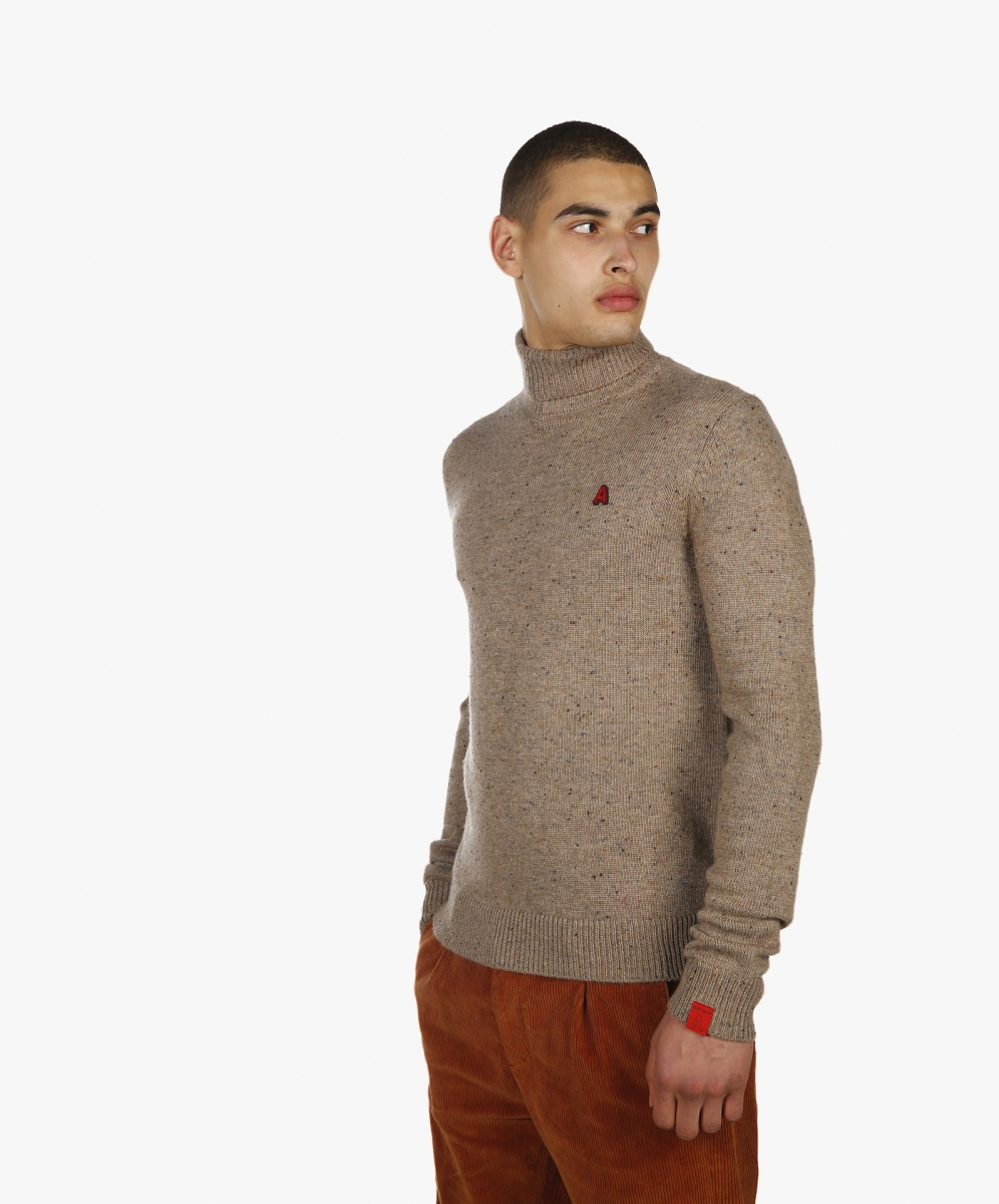 Neppy yard turtle neck natural